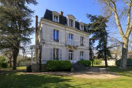 Hôtel particulier LE VESINET - Ref M-56395