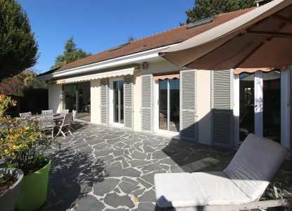 Maison Chambourcy - Ref 2592267