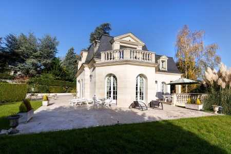 Mansion LA CELLE SAINT CLOUD - Ref M-62367