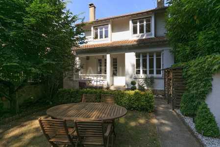 Maison LE VESINET - Ref M-73685