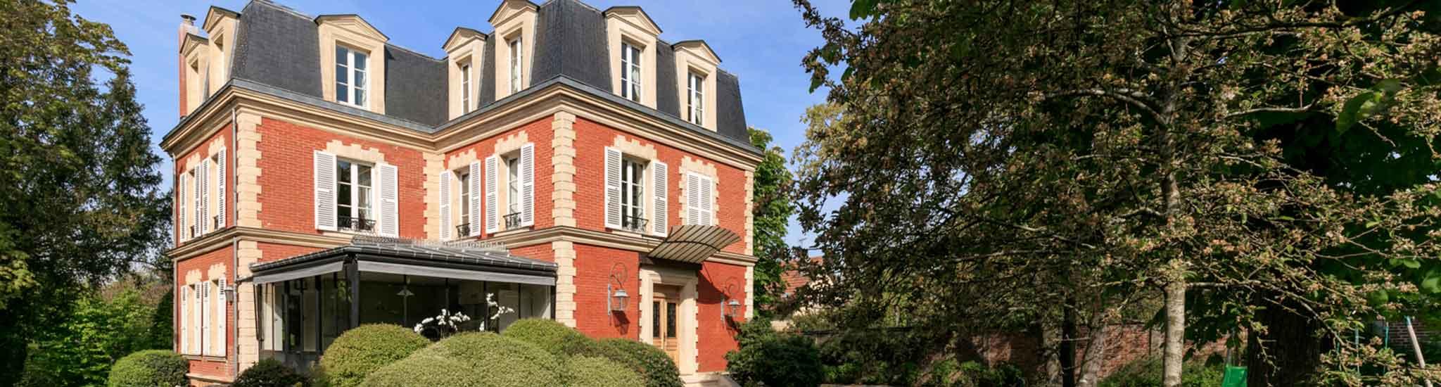 LE VESINET - 78110 Situ�e au V�sinet pr�s du Lac des Ibis, � 4 minutes � pied du RER (Le ...